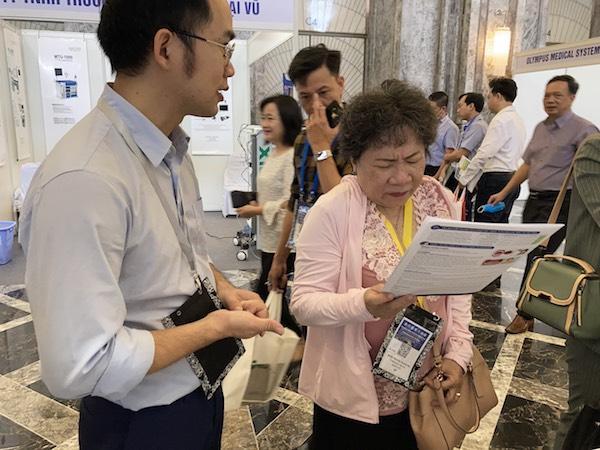 plasmakare-ghi-dau-kho-quen-tai-hoi-nghi-tai-mui-hong-va-phau-thuat-dau-co-2020-3